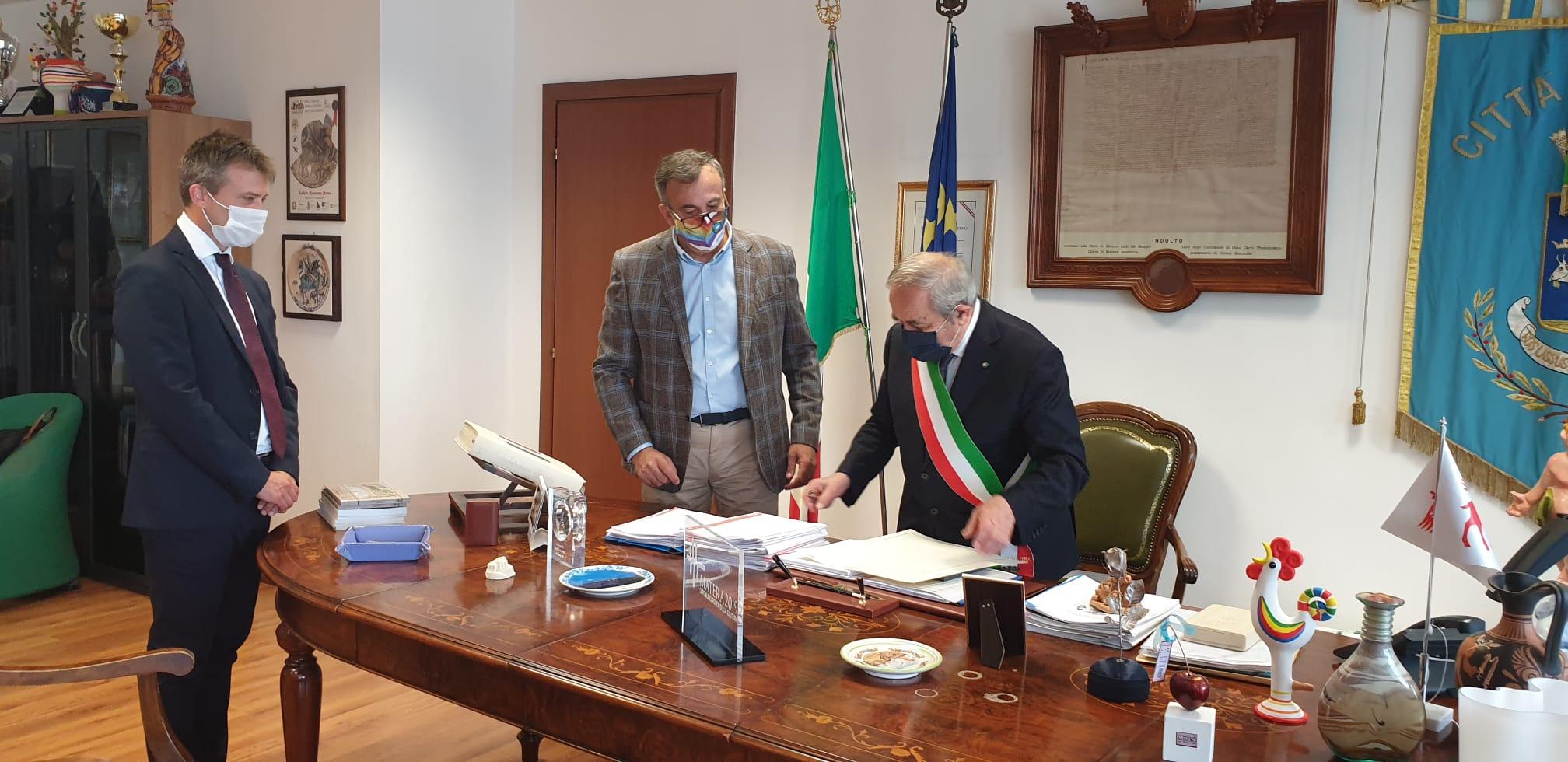 Conferimento cittadinanza italiana al direttore Zuchtriegel