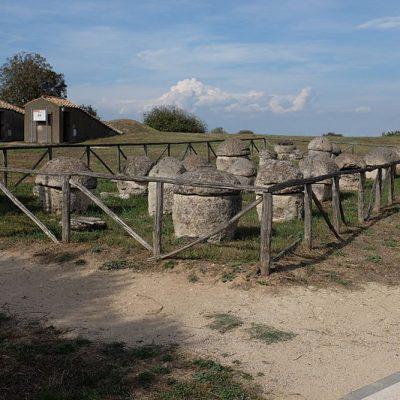 Monterozzi_Necropolis_Villanovan_period_tombs_AvL