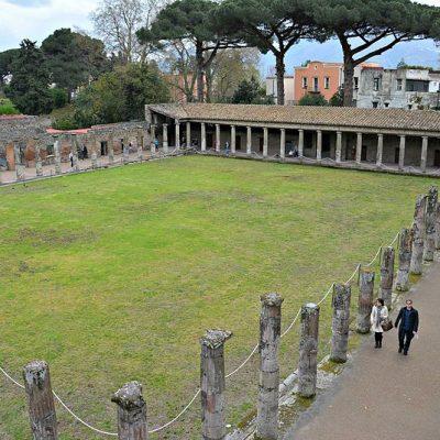 caserma dei gladiatori pompei