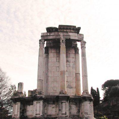 Tempio-di-Vesta (1)