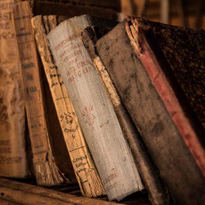 old-books-436498